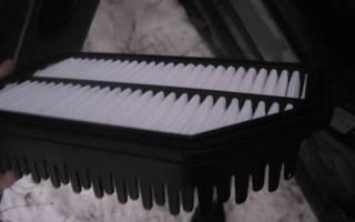 Как поменять воздушный фильтр на солярисе