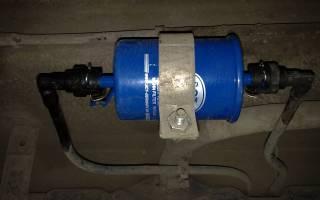 Топливный фильтр приора где находится